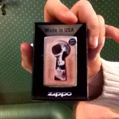 Keyhole Skull Zippo